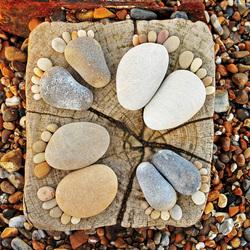 stone feet circle