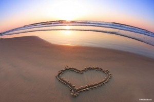 beach_love_heart_at_sunset-other1