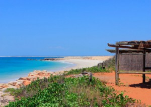 kooljaman beach shelter-view